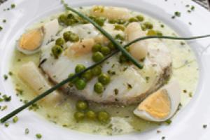 Pescada en salsa verde