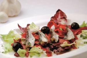 Sardiñas pescadeRías con ensalada morna